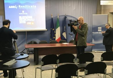 Una sala stampa per i risultati elettorali.
